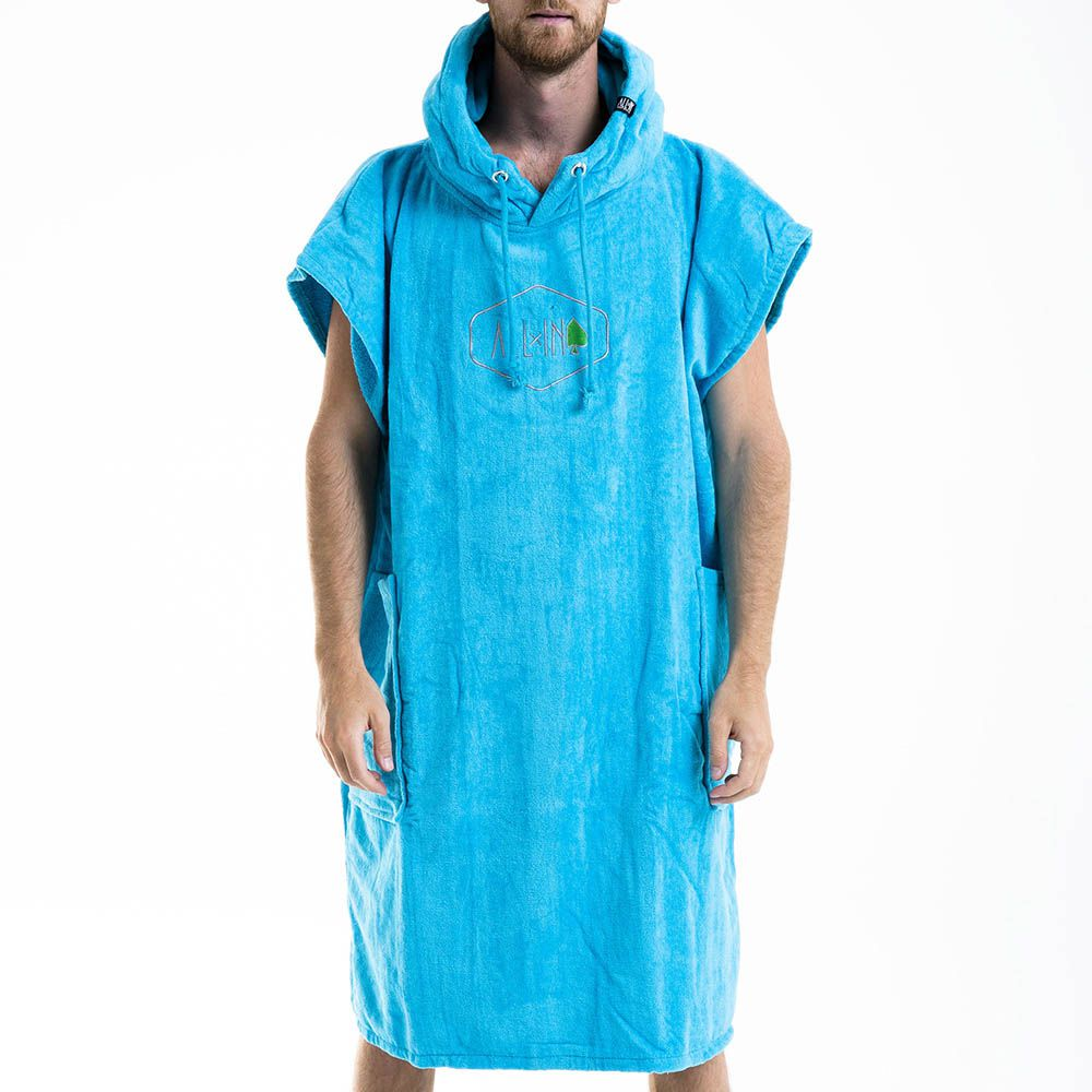 Poncho All In Classic Revival W19