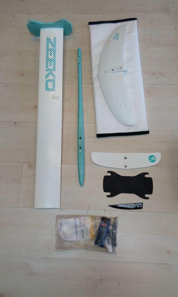 Kite Foil Zeeko white and green avec housses